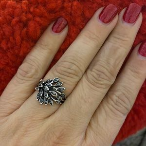 Silver marcasite feather ring classic beauty